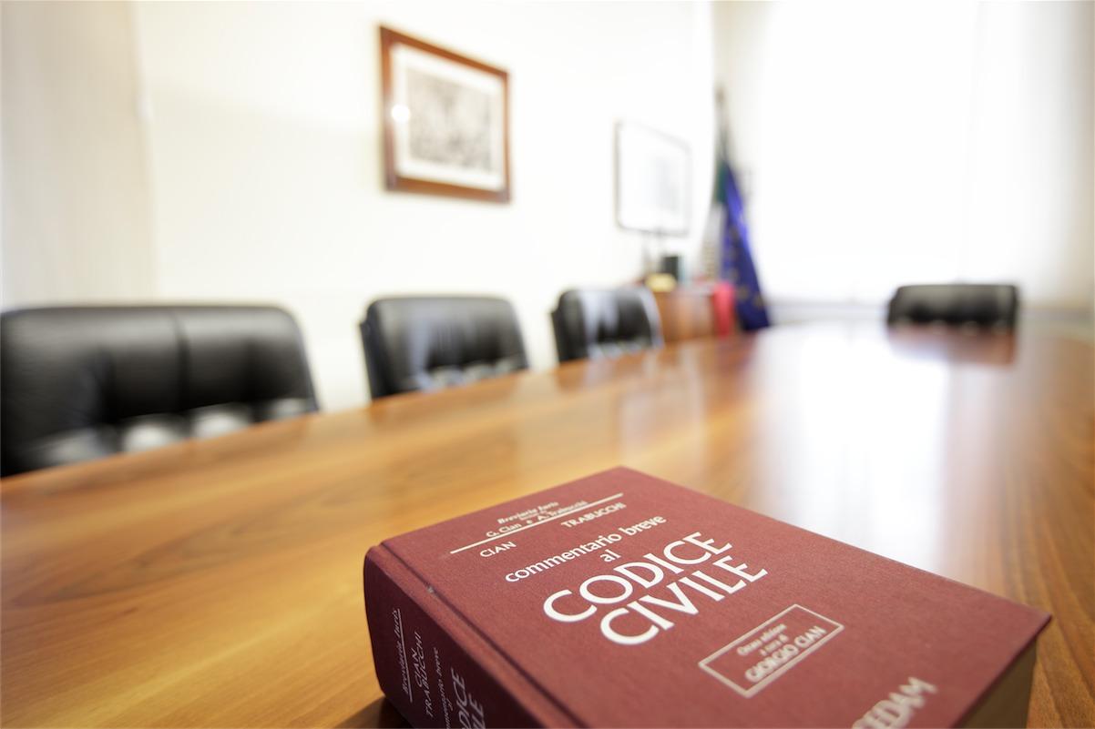 Notaio sicurezza giuridica e sviluppo economico studio for Costo atto notarile